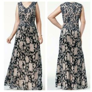 Betsy & Adam Blue Floral Lace Embroidered Long Max